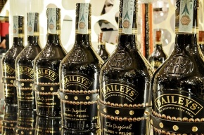 Baileys Felder & Felder limited edition design
